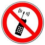 Запрещающие знаки. Запрещается пользоваться мобильным (сотовым) телефоном или переносной рацией